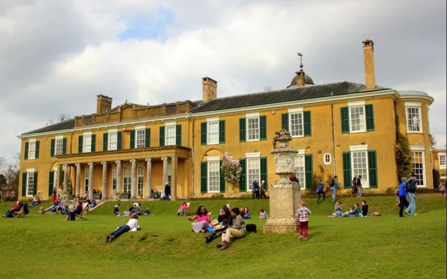 Polesden Lacey, a Popular Surrey's Historic House that Is worth Checking For