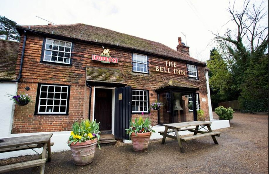 Quick Pubs Review: Best Winter Pubs to Go in Surrey